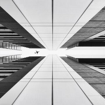 Modern Skyscrapers, Plane