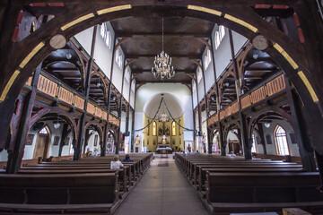 Obraz Kościół św. Józefa Oblubieńca, Wałbrzych Sobięcin, pow. wałbrzyski, woj. dolnośląskie - wnętrze - fototapety do salonu
