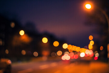 Bokeh photography in urban environment, beautiful bokeh, street lights, car lights, traffic lights, out of focus Fotomurales