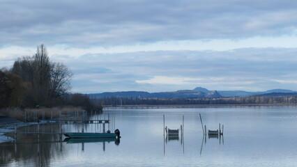 Blick von Izang über den Bodensee auf den Hegau