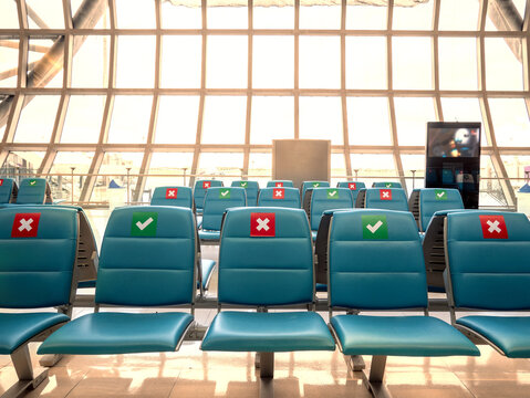 social distancing seats at airport's gate