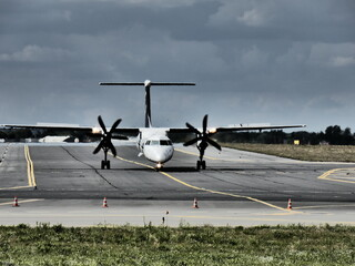 Poznań Airport 2020  Fotobehang