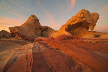 Fire Canyon Arch during sunset in Valley of Fire State Park, Nevada