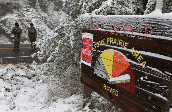 Central U.S. goes from heat wave to winter in a day as snow storm rolls through region