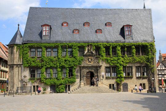 Das Rathaus von Quedlingburg am Marktplatz. Quedlinburg, Sachsen-Anhalt, Deutschland, Europa
