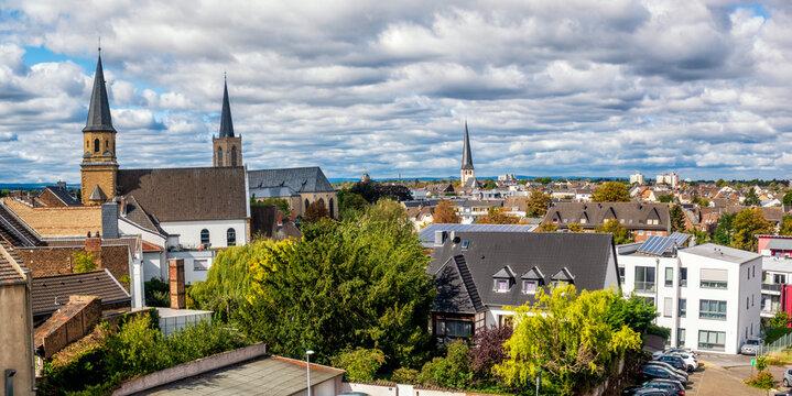 Blick über Euskirchen in Richtung Billiger Wald