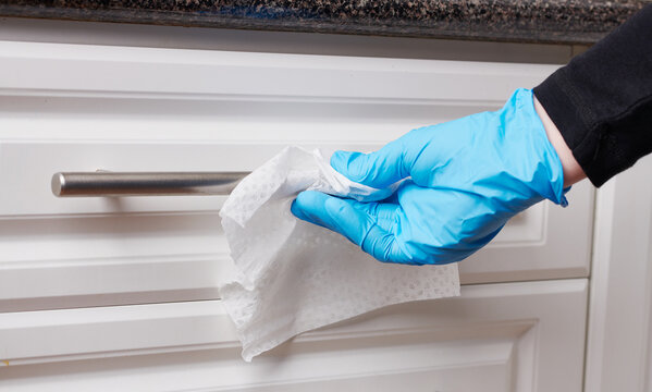 Disinfecting Kitchen Cabinet Handles for Virus