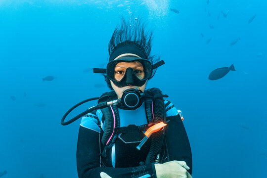 diver looking at camera at Great Barrier Reef