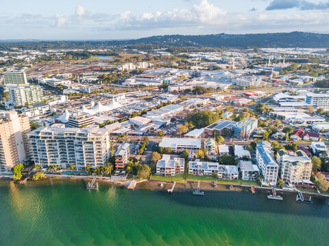 Aerial view of real estate along the banks of the Maroochy River in Queensland.