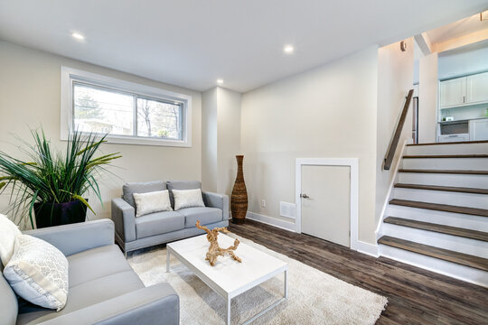 Real Estate Photography - Renovated furnished for sale house in Montreal's suburb with bathroom, basement and new kitchen