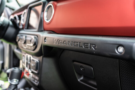 """DIEDERSDORF, GERMANY - AUGUST 30, 2020: The interior of mid-size SUV Jeep Wrangler Unlimited Rubicon, 2020. The exhibition of """"US Car Classics""""."""
