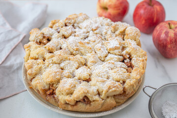 home made traditional american apple pie
