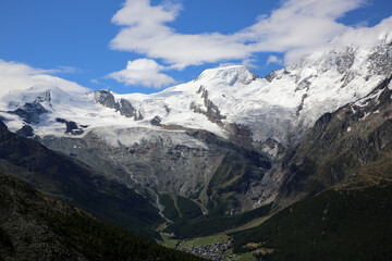Europäische Alpen im Saastal. Schweiz