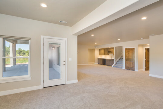 Basement Bonus room, empty with open concept