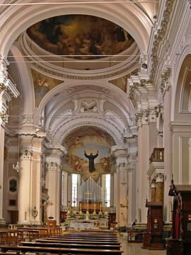 Italy, Marche, Osimo, the ancient interiors of San Giuseppe da Copertino Basilica.