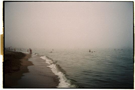 fog beach analogic photography