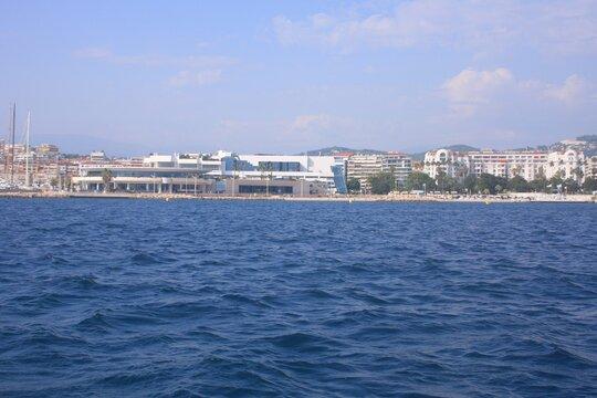 au large de Cannes