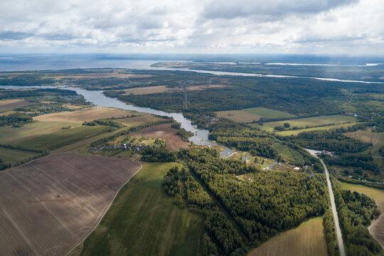 Riverview Sanahta, which flows into the Gorkovskoye reservoir
