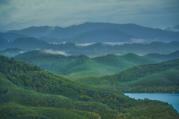 Photo sur Plexiglas Bleu jean Aerial view of ranong hill with mountain pattern and foggy landscape
