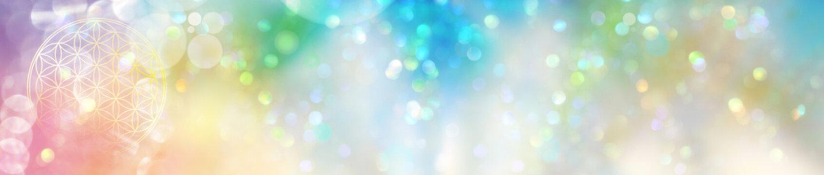 Banner extrabreit: Blume des Lebens in einem funkelnden Feld regenbogenfarbenen Lichts