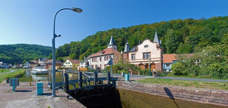 Schleuse in Lutzelbourg