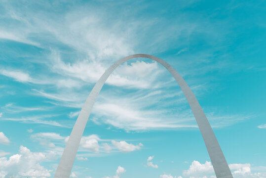 St. Louis Gateway Arch against a blue sky