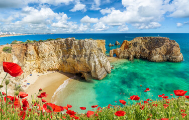 Wall Mural - Amazing landscape with cliff, beach and turquoise water in Algarve, Portugal