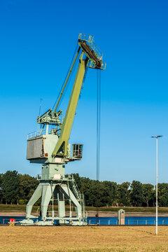 7608  Worringen - Hafen
