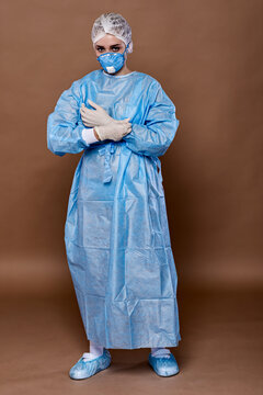 Medical uniforms for isolation