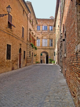 Italy, Marche, Ostra Vetere downtown medieval street.