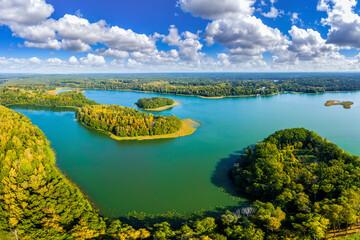 jezioro Łańskie w północno-wschodniej Polsce