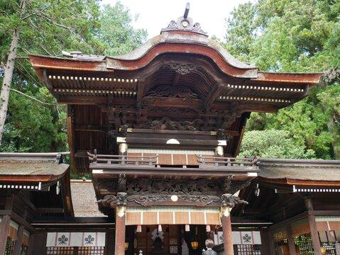 長野にある諏訪大社下社秋宮の幣拝殿