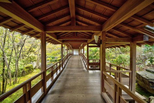 好古園の渡り廊下