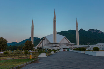 Wall Murals Faisal Mosque is a mosque in Islamabad, Pakistan and is the national mosque of Pakistan. Upon completion it was the largest mosque in the world and is currently the fifth largest mosque in the world