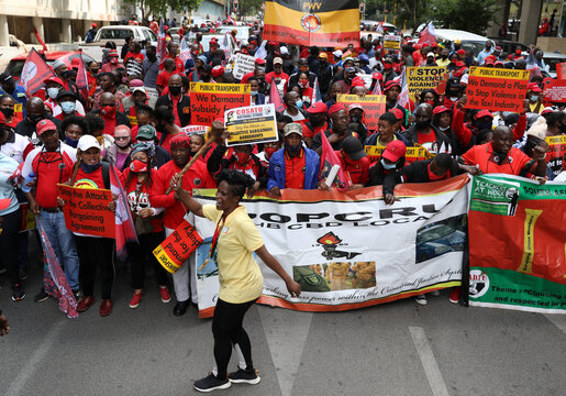 South Africa's biggest trade union group calls strike