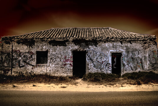 Abandon cliffhouse