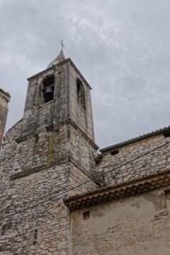 Clocher de l'église St Michel de Tavel - Gard - France