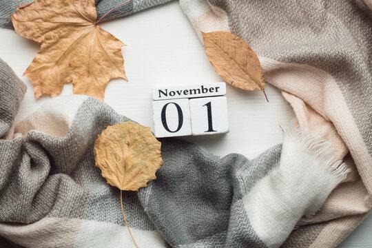 first day of autumn month calendar November