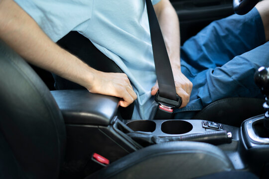 life saving seat belts, always fasten seat belts in car, security protection for driver and passenger