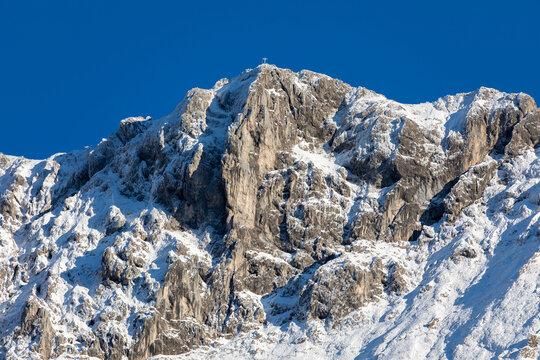 Karwendel in Mittenwald mit Schnee