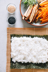 Making vegan maki sushi