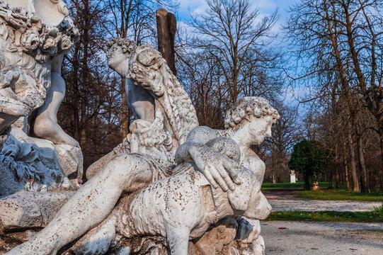 Statue, Parco Ducale, Parma