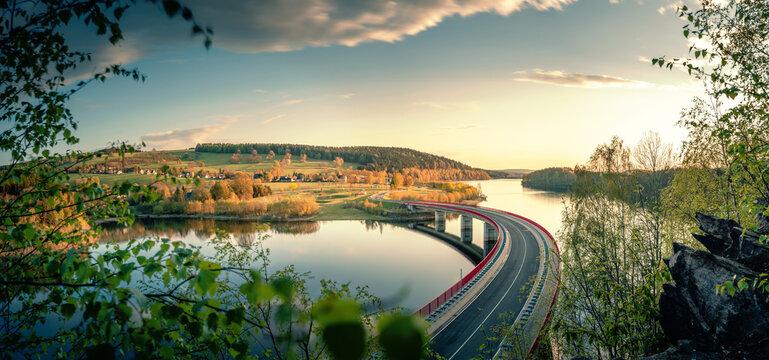 Brücke über die Talsperre Rauschenbach