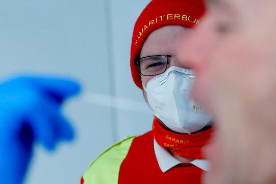 Fast coronavirus PCR test in a mobile laboratory truck in Soelden
