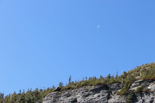 moon over the Mount Mansfield