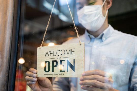 Cafe, Restaurant business reopen after Coronavirus quarantine is over.