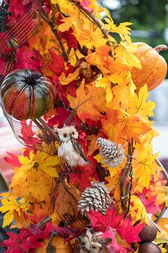 autumn leaves and owl decor - Fall decoration