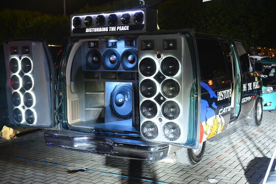 Customized cars with sound system set up at Bumper to Bumper 15 car show