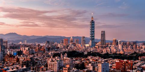 Sunset of Taipei city from day to night, Taiwan