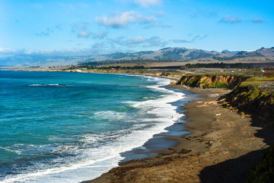 Stunning view of Moonstone Beach on California's central coast